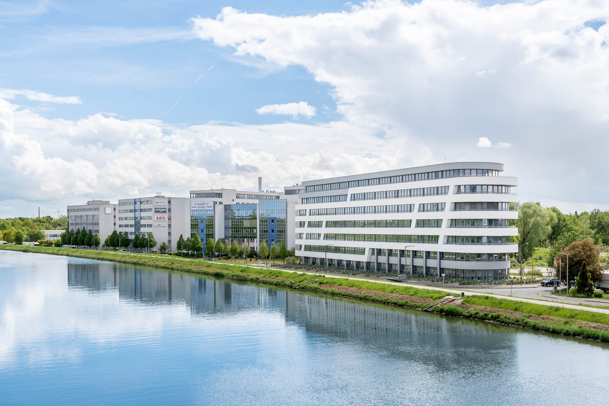 Architekturfotografie Bürokomplex Nürnberg Gutenstetter Straße