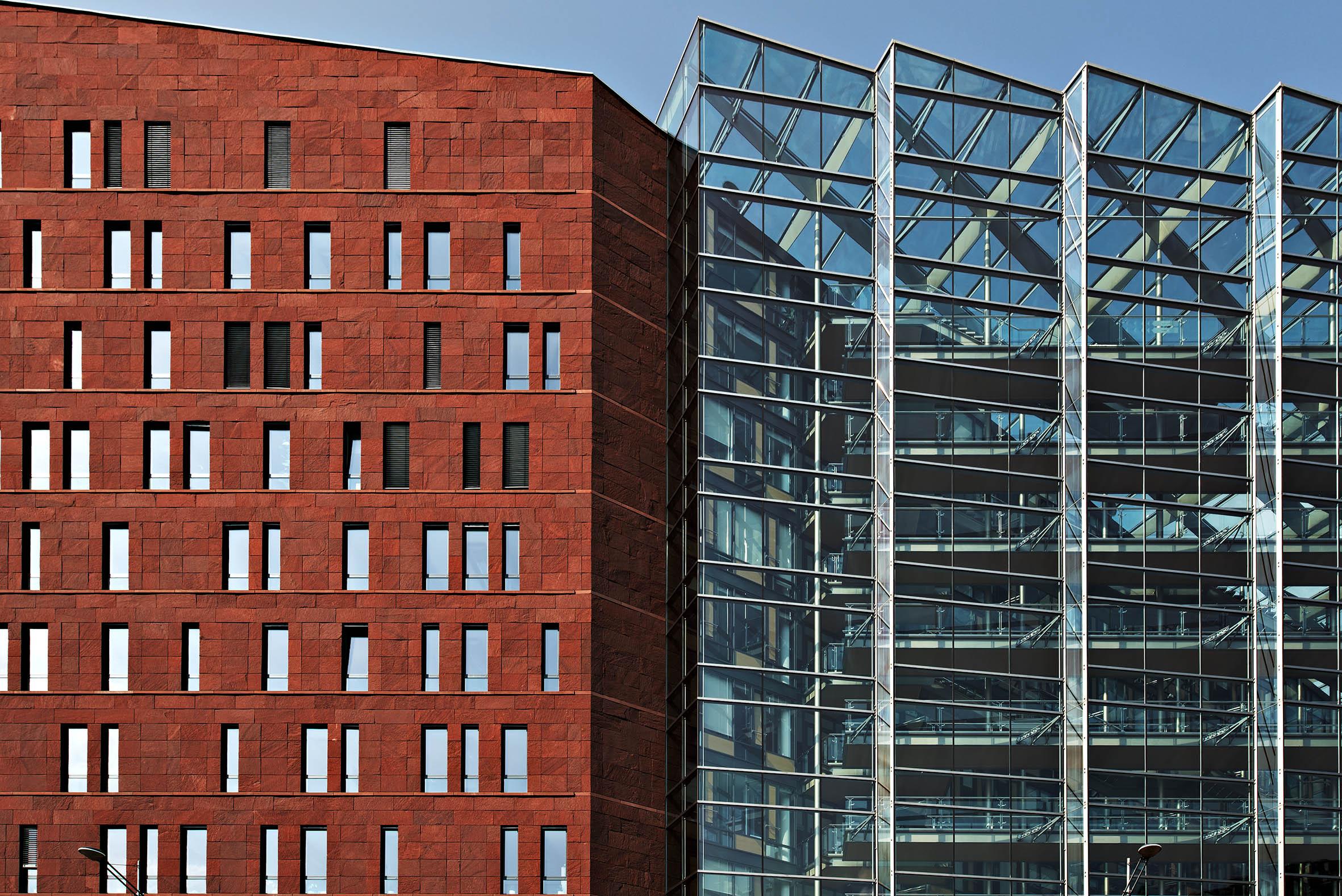 Architekturfotografie Prag Geschaeftsgebaeude