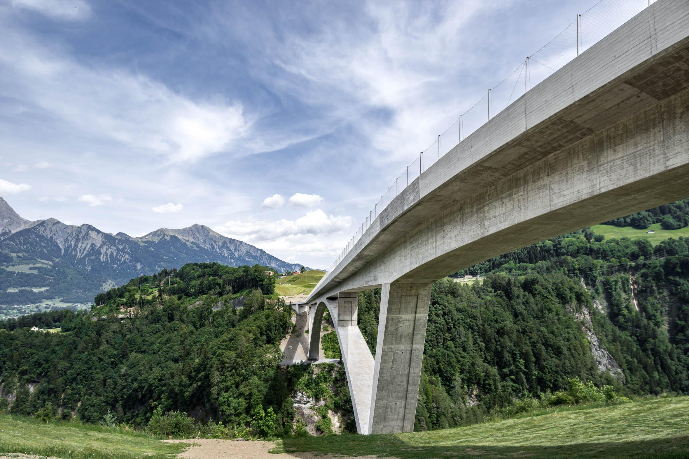 Architekturfotografie Taminabrücke Pfäfers