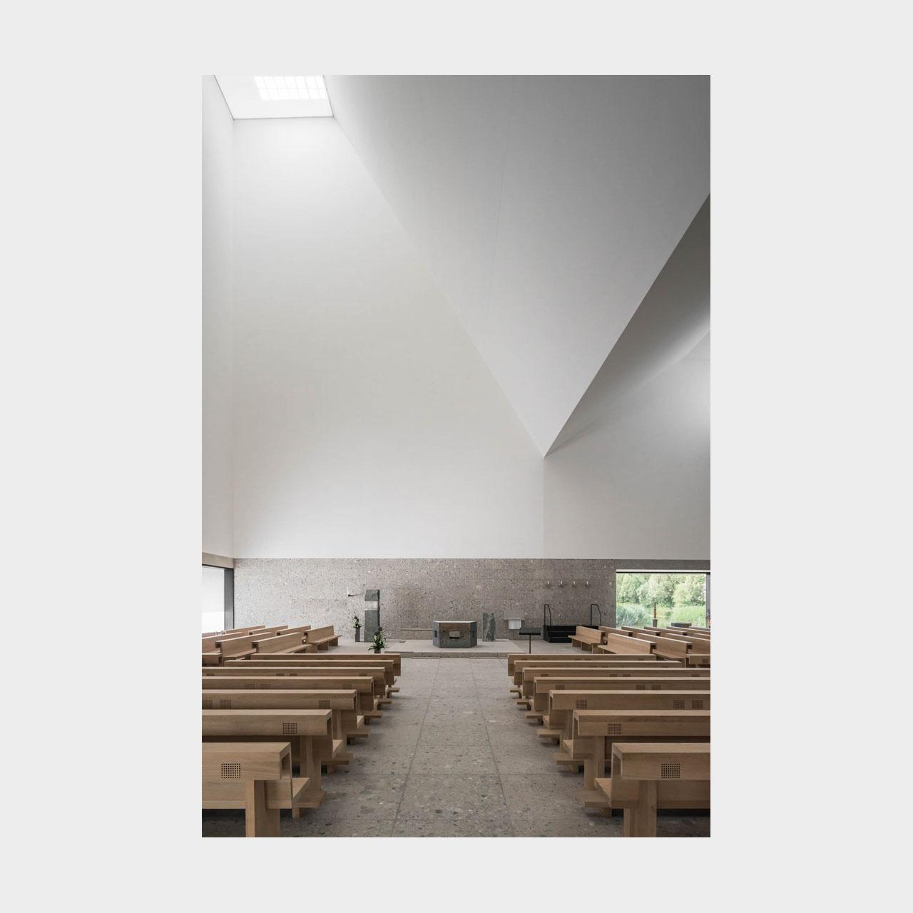 Architekturfotografie Pfarrkirche Seliger Pater Rupert Mayer Poing