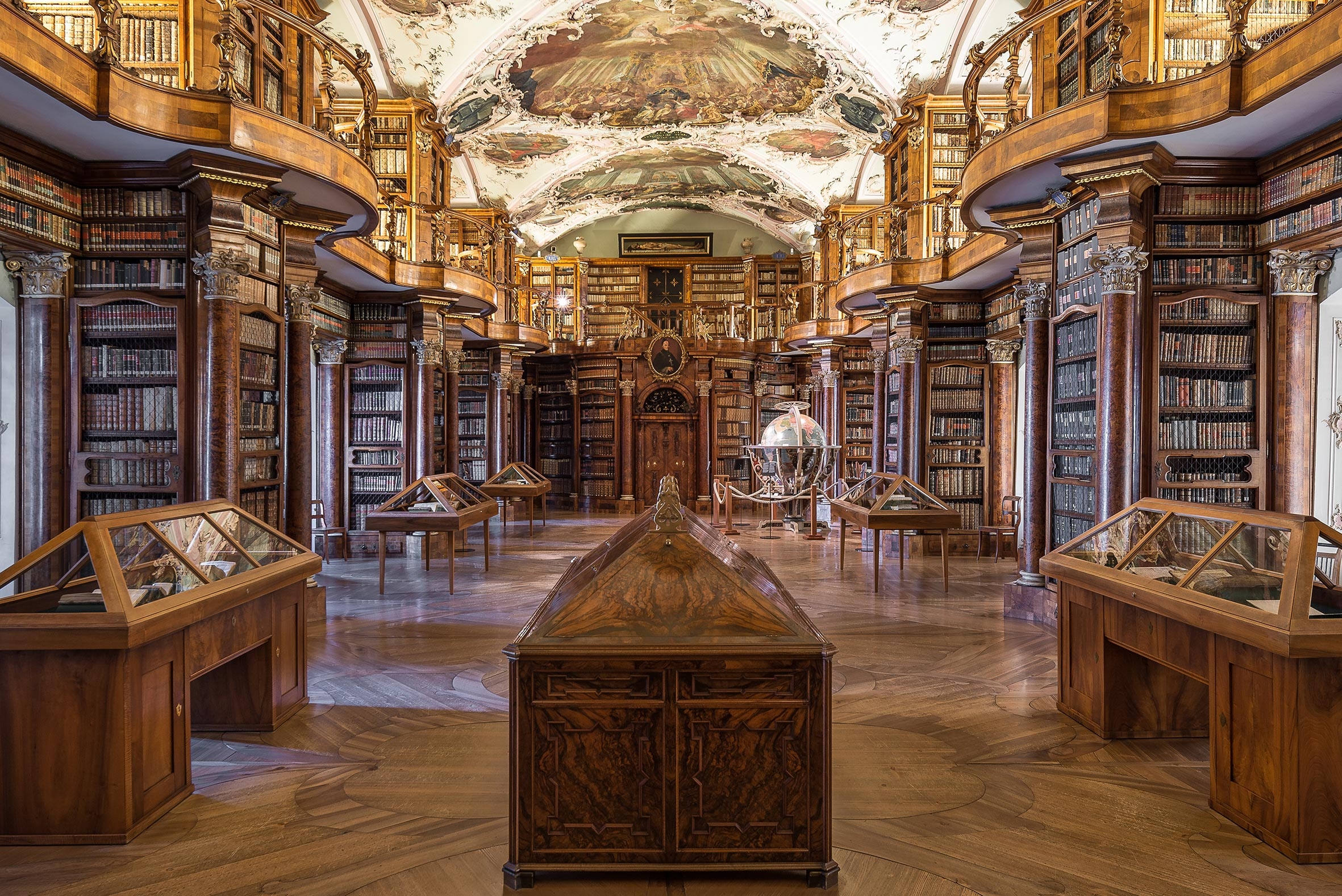 Architekturfotografie Stiftsbibliothek St. Gallen. Foto: Gerd Schaller / BAUWERK PERSPEKTIVEN
